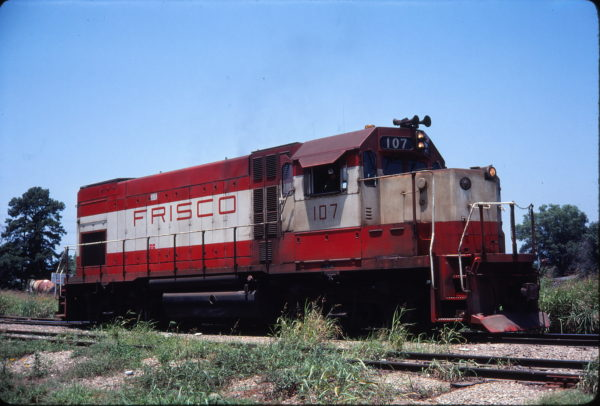GP15-1 107 (location unknown) in September 1979