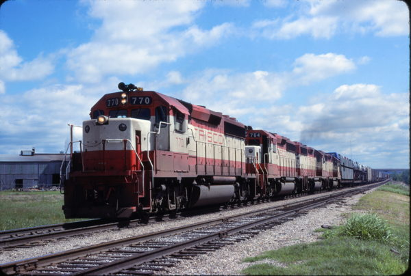 GP40-2s 770 and 764 at Tulsa Oklahoma in May 1980 (John Benson)