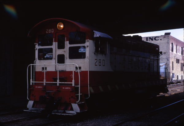 H-10-44 280 switching at Tulsa Union Station in April 1972