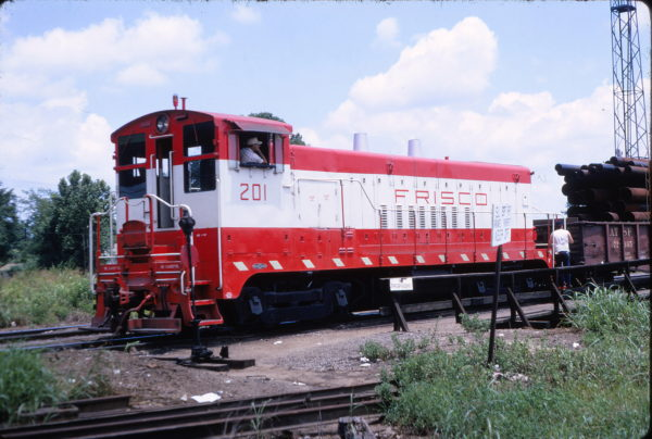 VO-1000 201 (location unknown) in June 1967 (Keith Ardinger)