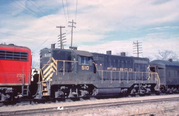GP7 510 at Rolla, Missouri in November 1961