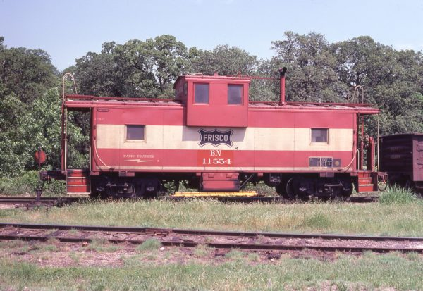 Caboose 11554 (Frisco 1226) at Irving, Texas on April 29, 1981 (John Nixon)