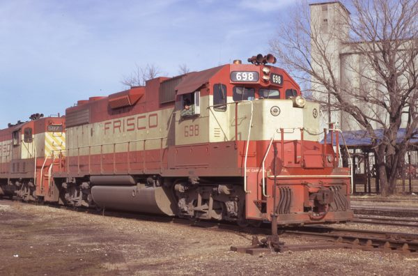 GP38-2 698 at Carthage, Missouri on January 24, 1974 (Jim Wilson)