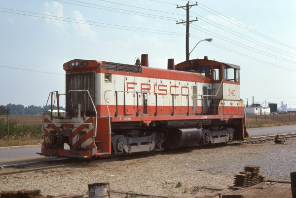 SW1500 340 at Memphis, Tennessee on May 29, 1977 (Jim Wilson)