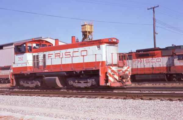SW1500 352 at Springfield, Missouri April 12, 1975 (Jim Wilson)
