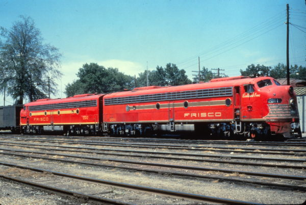 E8A 2011 (Gallant Fox) and E8A 2012 (Formerly Flying Ebony) on the Kansas City-Florida Special at Amory, Mississippi on July 20 1962 (Al Chione)