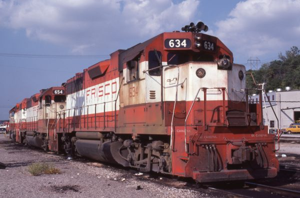 GP38ACs 634 and 654 at Kansas City, Missouri in September 1978 (G.R. Cockle)