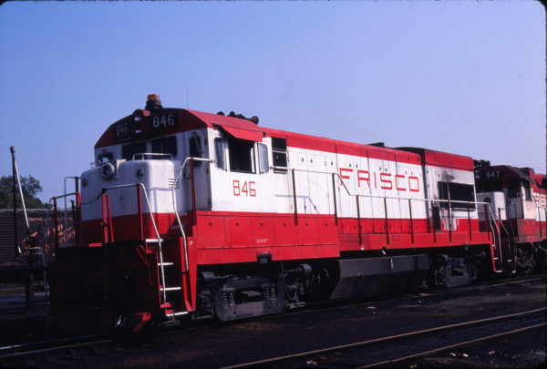 U30B 846 at St. Louis, Missouri on May 27, 1980 (Michael Wise)