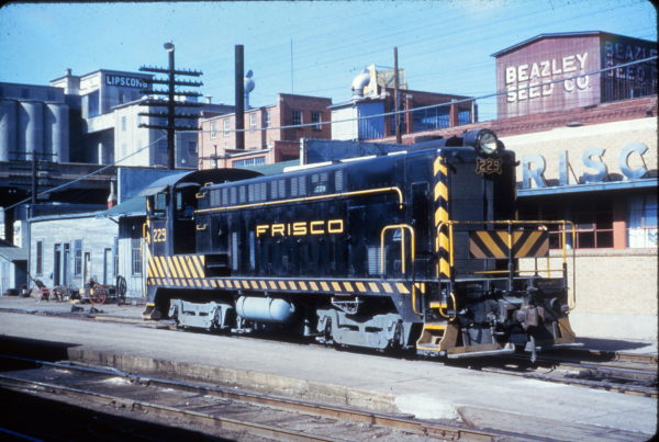 VO-1000 229 at Springfield, Missouri on March 17, 1953
