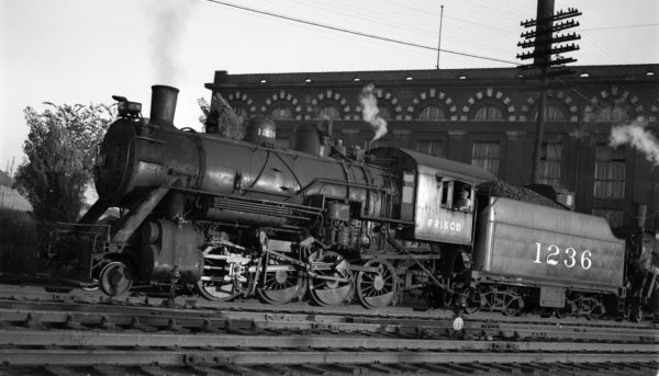 2-8-0 1236 at Kansas City, Missouri on June 2, 1948 (Charlie Winters)