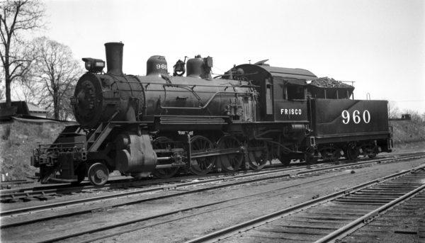 2-8-0 960 at Springfield, Missouri on November 29, 1947 (Arthur B. Johnson)