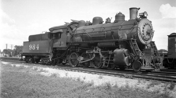 2-8-0 984 at Afton, Oklahoma on July 11, 1948 (Ralph Graves)