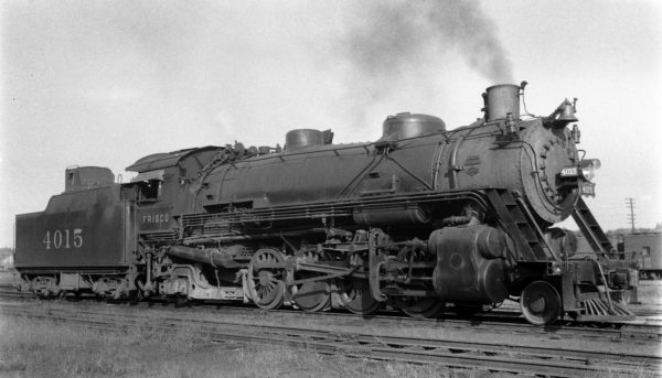 2-8-2 4015 at Monett, Missouri on September 19, 1939