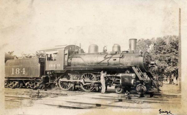 4-4-0 184 at Columbus, Kansas in 1933 (Marshall Sage)