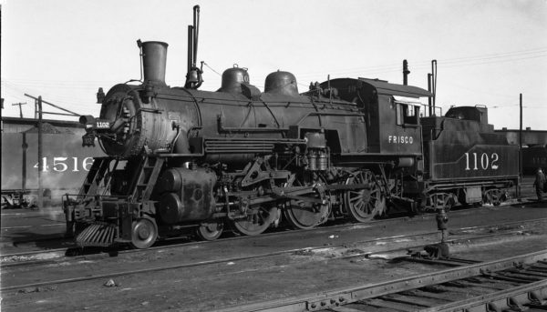 4-6-0 1102 at Springfield, Missouri on January 1, 1949 (Arthur B. Johnson)