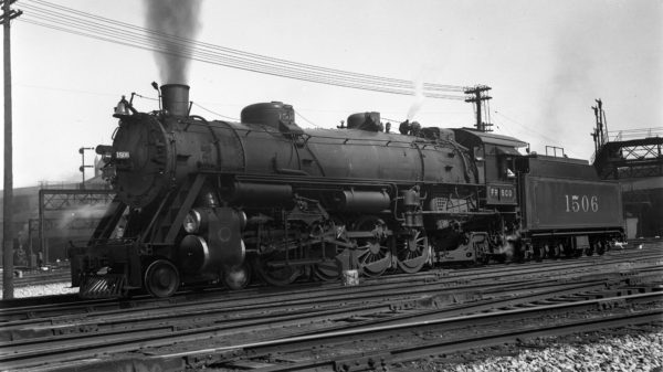 4-8-2 1506 at St. Louis Union Station in July 1936
