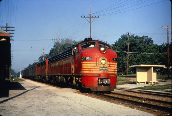 E8A 2015 (Twenty Grand) on the Meteor at Webster Groves, Missouri on July 15, 1965 (Al Chione)