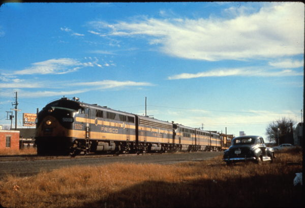 F3A 5009 at Sapulpa, Oklahoma in December 1960 (Al Chione)