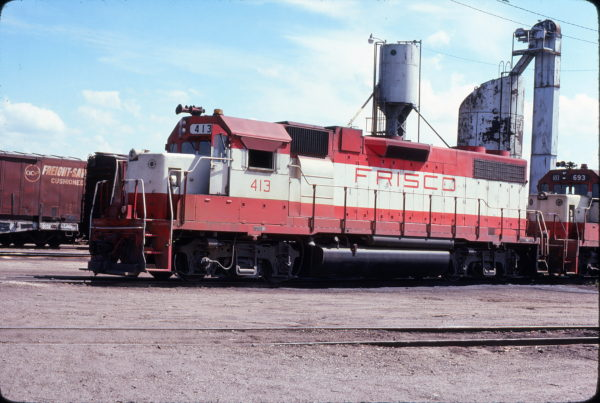 GP38-2 413 at Sherman, Texas on August 28, 1977 (David Stray)