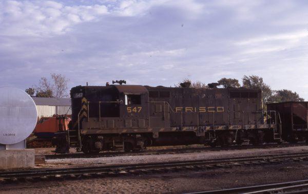 GP7 547 (location unknown) in October 1971