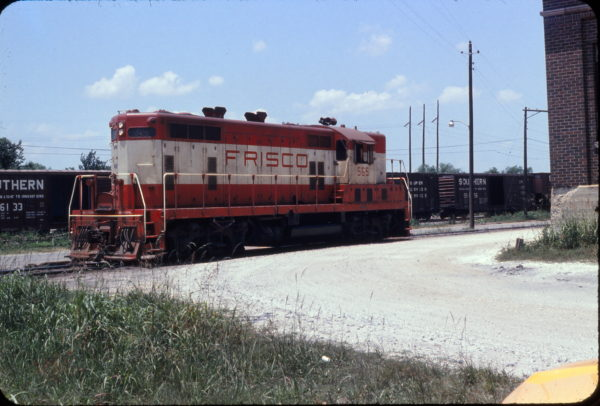GP7 565 at Mobile, Alabama in May 1973 (Sconza)