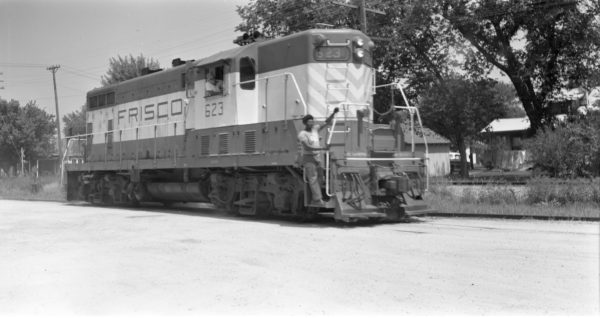 GP7 623 at North Clinton, Missouri on August 13, 1970