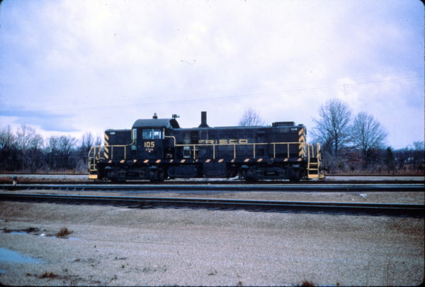 RS-1 105 at Memphis, Tennessee on March 8, 1969 (Charly's Slides)