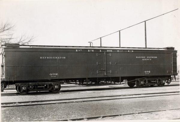 Railway Express Refrigerator 492
