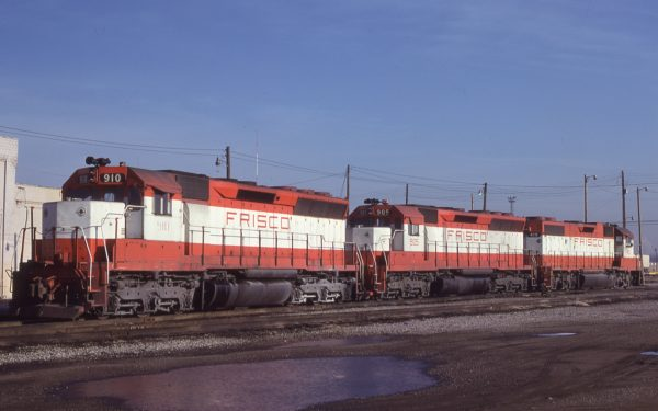 SD45s 910 and 905 and GP38-2 410 at Birmingham, Alabama on January 6, 1980 (J.C. Benson)