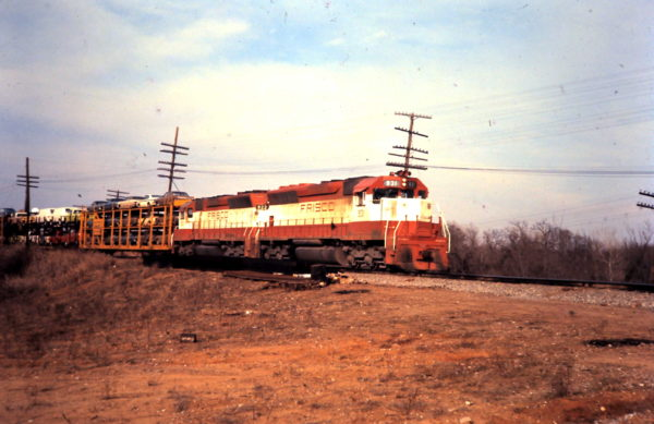SD45s 931 and 922 (date and location unknown)
