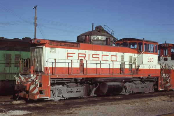 SW1500 320 at St. Louis, Missouri on January 18, 1981 (J.C. Benson)