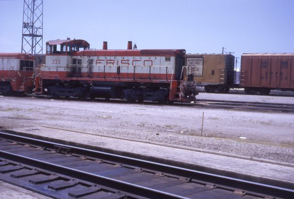 SW1500 333 at Kansas City, Missouri on July 28, 1973 (G.H. Menge)