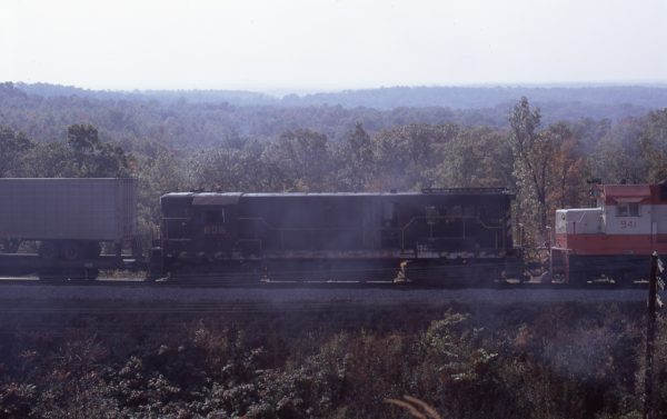 U25B 805 at Dixon Hill, Missouri on October 1971