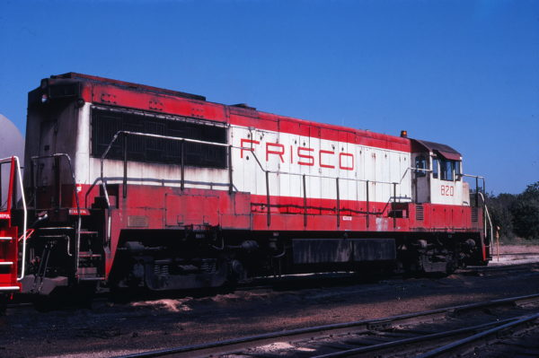 U25B 820 at Springfield, Missouri on September 18, 1978