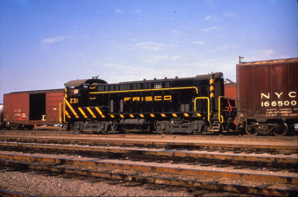 VO-1000 231 at Kansas City, Missouri on March 24, 1967 (Al Chione)