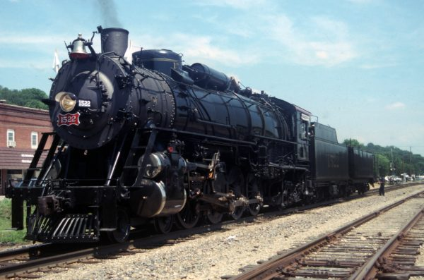 4-8-2 1522 at  Newburg, Missouri on July 16, 1990