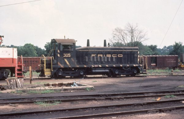 SW9 305 at Birmingham, Alabama in June 1977