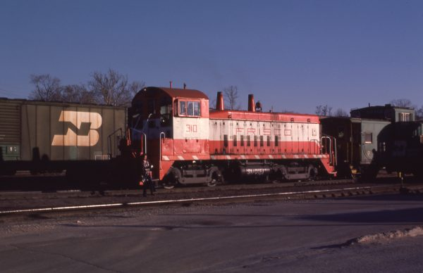 SW9 310 at St.Louis, Missouri in March 1981 (J.C. Butcher)