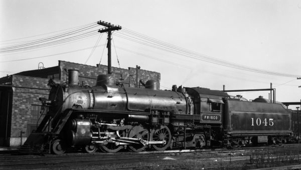 4-6-2 1045 at Lindenwood Yard, St. Louis, Missouri on July 13, 1946