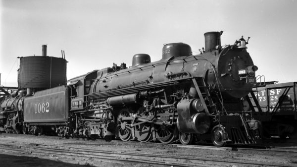 4-6-4 1062 at West Tulsa, Oklahoma (date unknown)