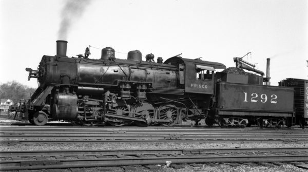 2-8-0 1292 at Lindenwood Yard, St. Louis, Missouri on April 17, 1938 (Ivan W. Oaks)