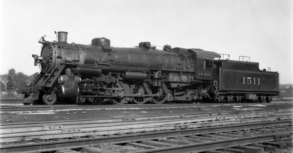 4-8-2 1511 at Lindenwood Yard, St. Louis, Missouri in 1935 (Barham Oaks)