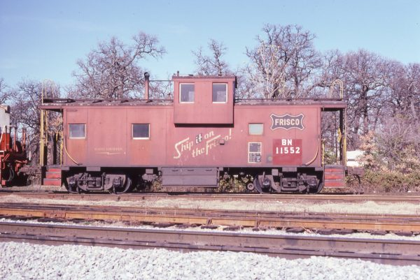 Caboose 11552 (Frisco 1224) at Irving, Texas on December 18, 1980 (John Nixon)