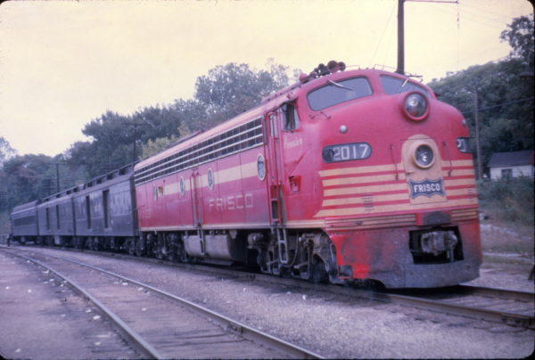 E8A 2017 (Pensive) on the Sunnyland at St. Louis, Missouri on September 30, 1962 (Al Chione)