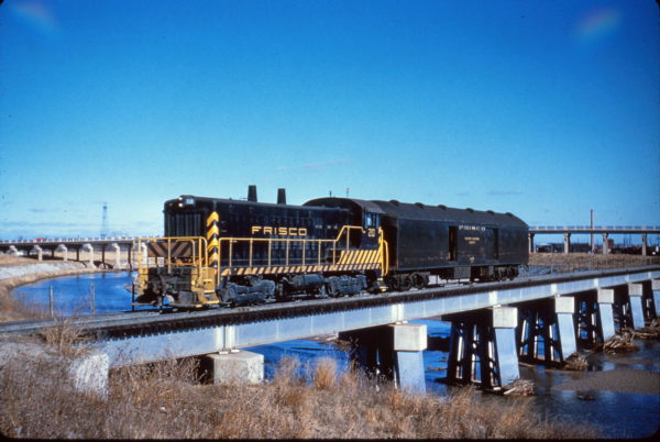 VO-1000 210 at Oklahoma City, Oklahoma in December 1960 (Al Chione)