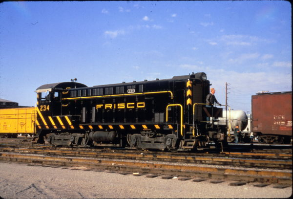 VO-1000 234 switching at Springfield, Missouri on April 17, 1967 (Al Chione)