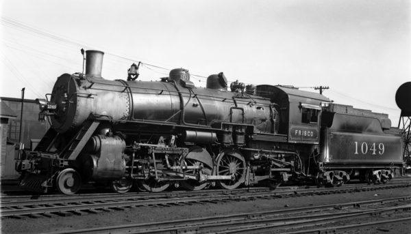 4-6-2 1049 at Lindenwood Yard, St. Louis, Missouri in 1938