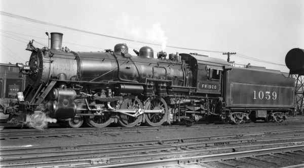 4-6-2 1059 at Lindenwood Yard, St. Louis, Missouri on April 12, 1940