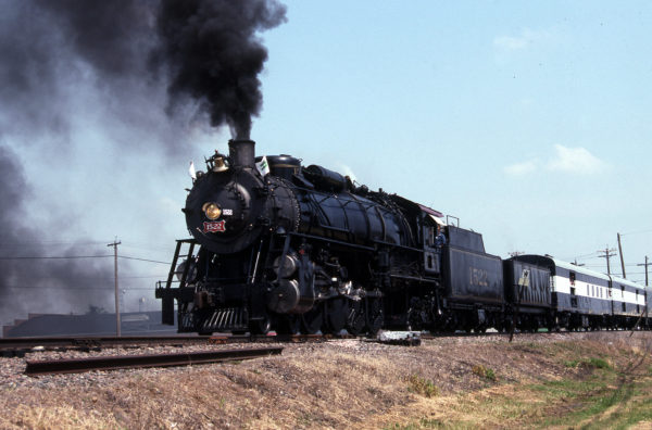 4-8-2 1522 at Galesburg, Illinois on June 12, 1993