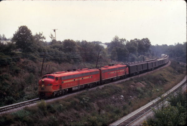 E8A 2018 (Ponder) on Train 1 The Oklahoman at Kirkwood, Missouri on September 19, 1966